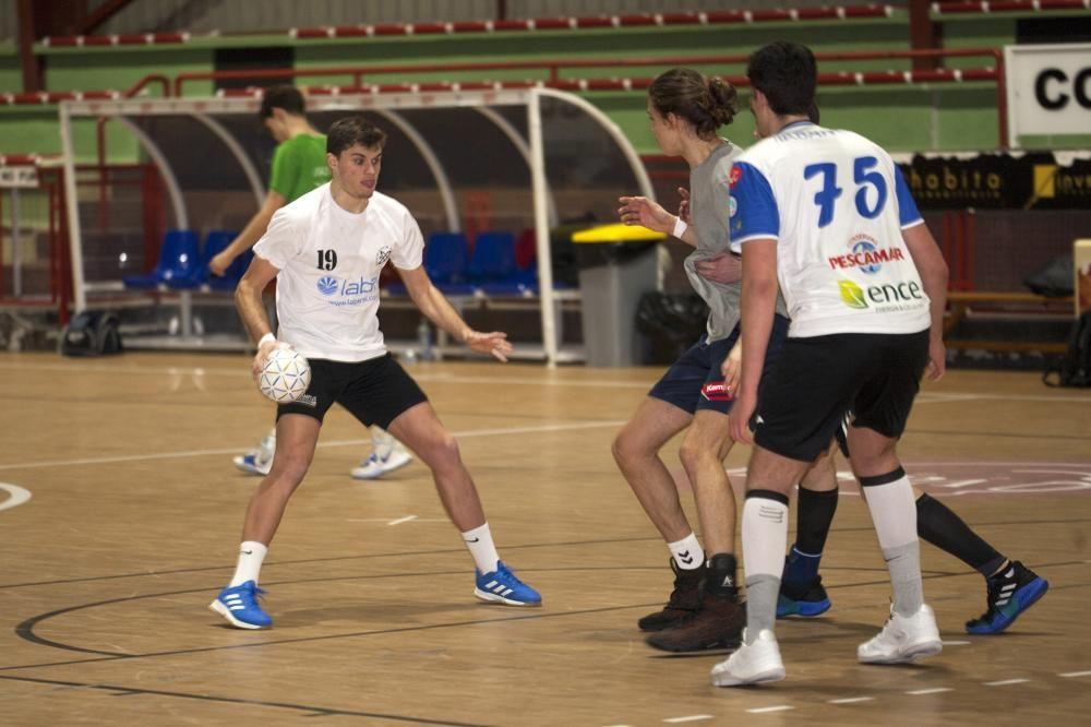 Las concentraciones de balonmano y baloncesto.