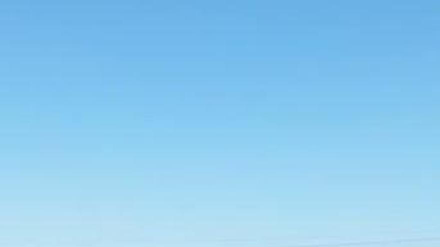 El turismo de playa provoca grandes atascos en las carreteras de Dénia