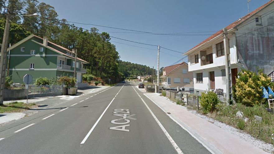 Muere un motorista en un accidente en Cabana de Bergantiños