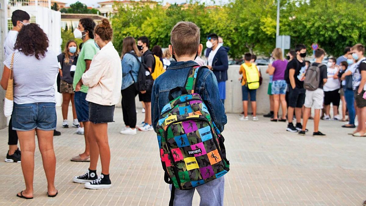 Alumnos de un colegio de Mallorca en el primer día de este curso.