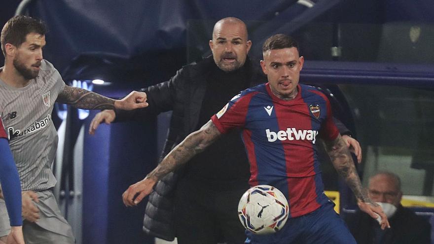 """Paco López: """"No fue penalti y estuvimos inmensos"""""""