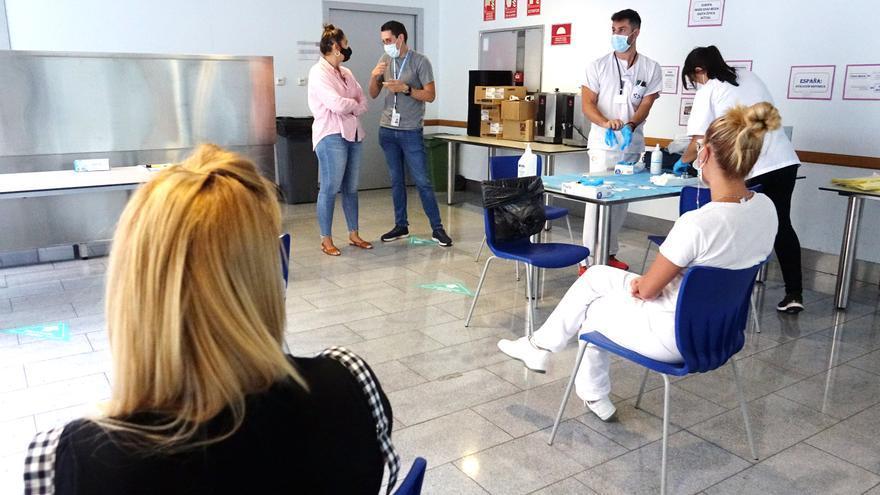 Sanidad vacuna a personas sin hogar alojadas en los recursos municipales de Santa Cruz