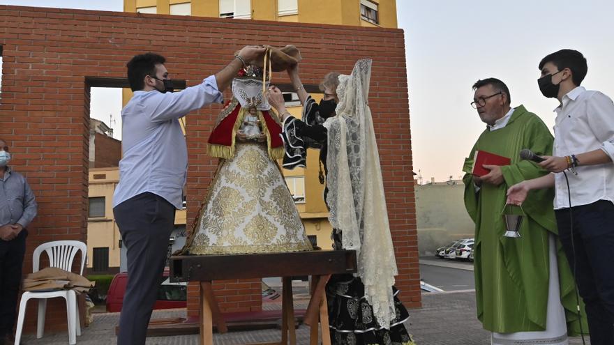 Misa de la asociación andaluza de Vila-real para honrar a la Virgen del Rocío