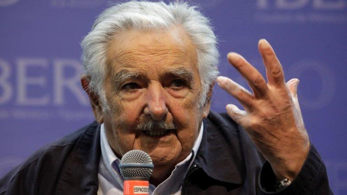 José Mujica pide a los jóvenes luchar por la libertad en esta civilización digital