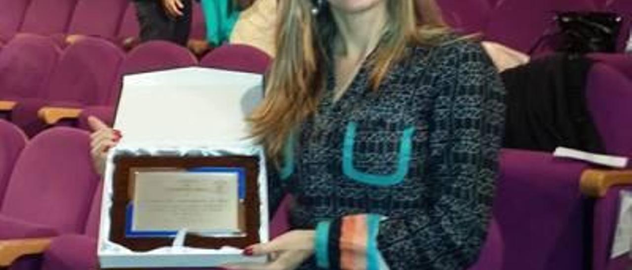 Premio al Ayuntamiento de Oliva de las familias numerosas