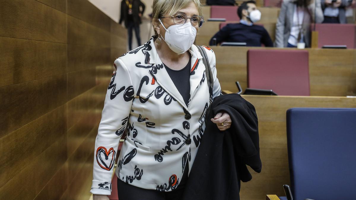 Imagen de archivo de la consellera de Sanitat, Ana Barceló, durante una sesión de control en Les Corts en febrero de 2021