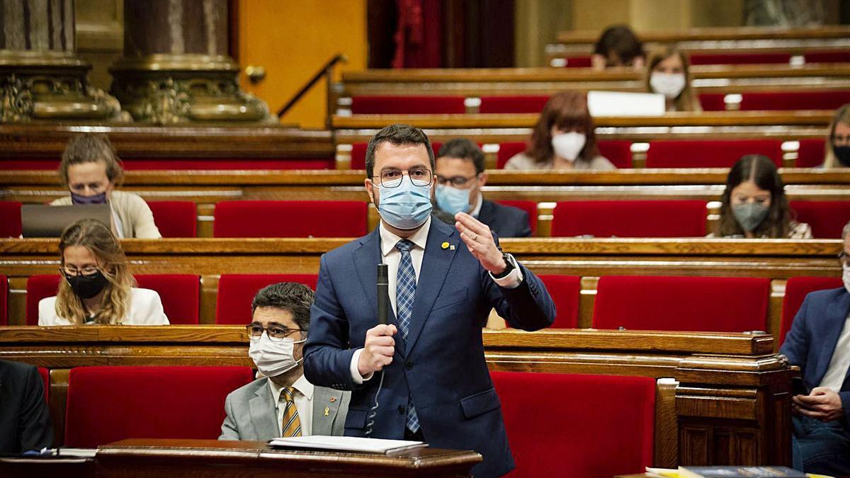 El president de la Generalitat, Pere Aragonès, en una sessió al Parlament   EP
