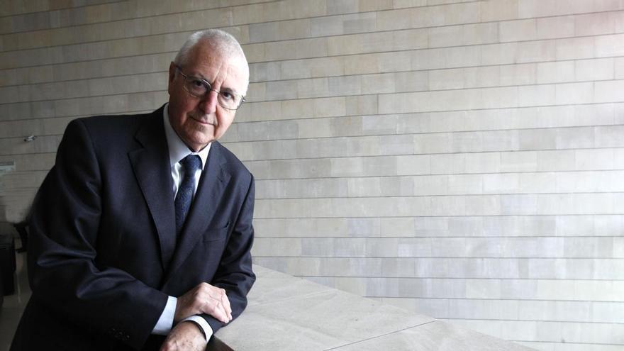 Tomás Llorens, un abogado y filósofo enamorado del arte que impulsó el IVAM