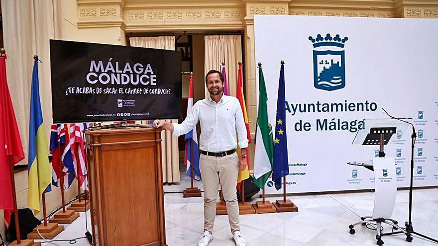 Málaga dará ayudas de 100 euros a jóvenes para la obtención del carné de conducir