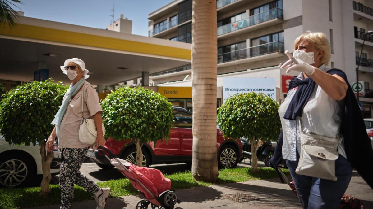 Turistas en el sur de Tenerife.