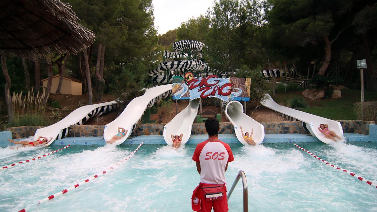 Aqualandia sigue recibiendo miles de visitantes cada día gracias a sus protocolos de seguridad.