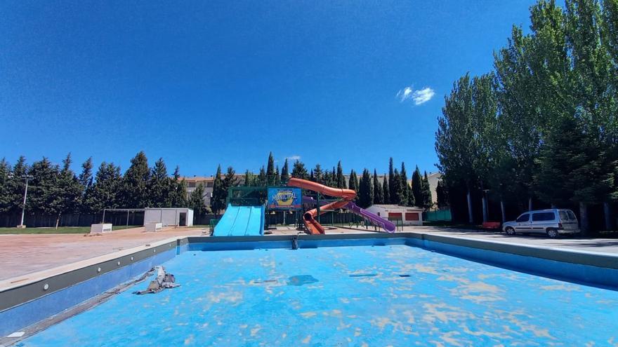 Utiel rehabilita el polideportivo municipal para que esté listo en verano