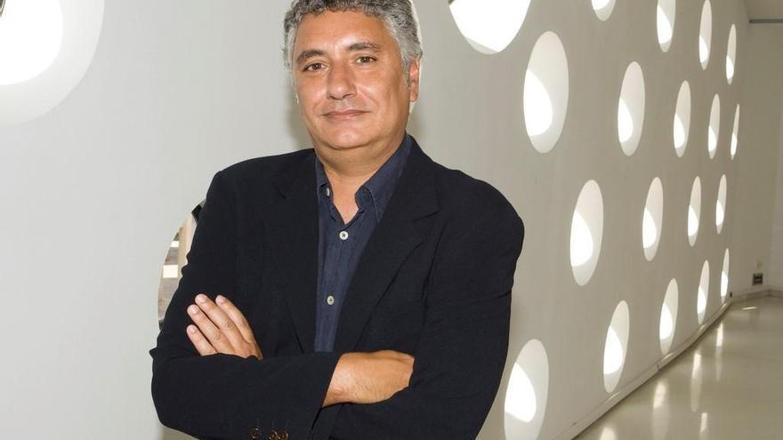 """Juan A. Álvarez Reyes: """"Expondremos en el C3A los fondos del Equipo 57"""""""