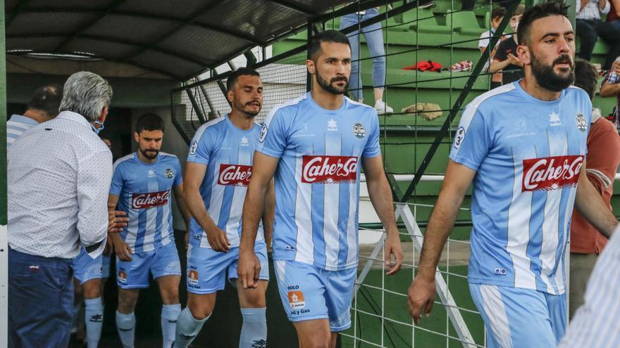 El Coria decide renovar a Mahíllo y dar la baja a David López, Giráldez, Dani Aparicio, Deme e Ismael