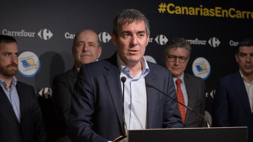 """Fernando Clavijo inaugura en Madrid la """"Feria de los Productos Elaborados en Canarias"""""""