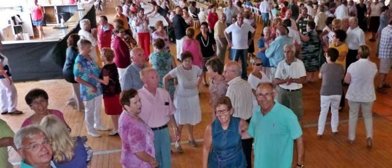 Mil raciones de estofado de toro para animar las fiestas de Vinaròs