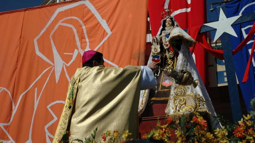 Las Danzas de Diablos a la Virgen del Carmen, Reina y Madre de Chile