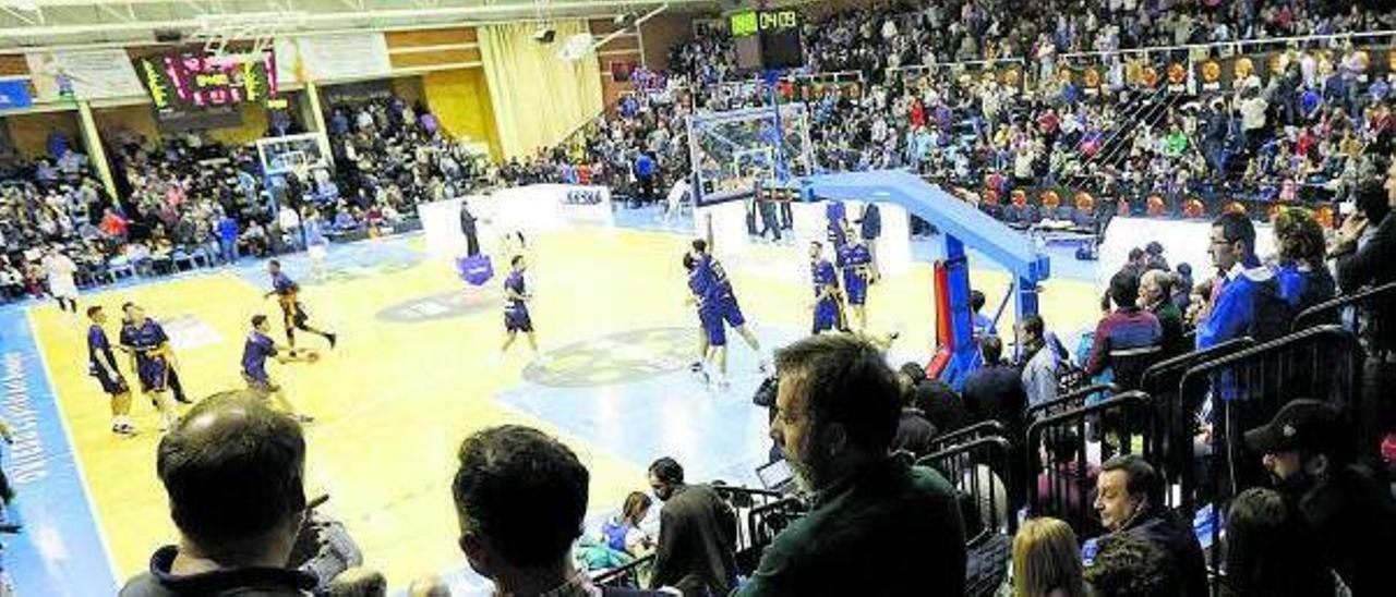Aspecto del polideportivo de Pumarín durante la final de la Copa Princesa que ganó el Oviedo Baloncesto en el año 2017