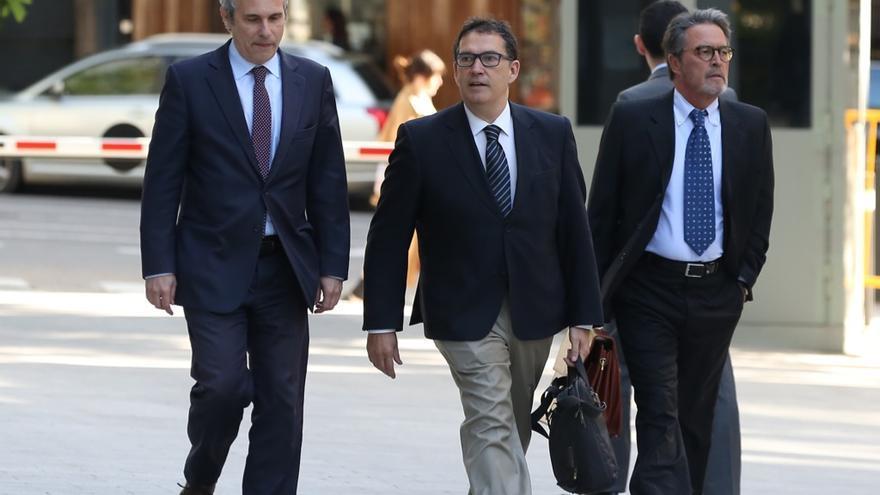 La Audiencia de Barcelona avala juzgar al jefe de la oficina de Puigdemont por malversación