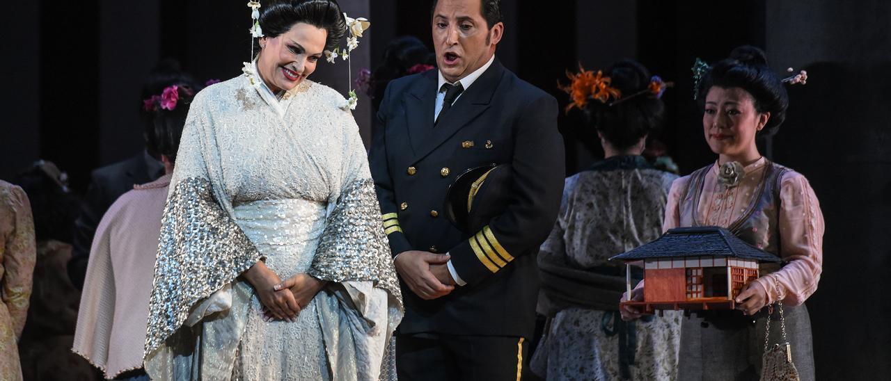 """Ainhoa Arteta y Jorge de León durante la representación de """"Madama Butterfly"""""""