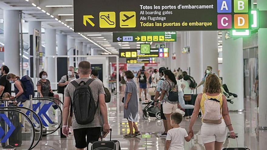 El aeropuerto de Palma recibió medio millón de pasajeros en septiembre