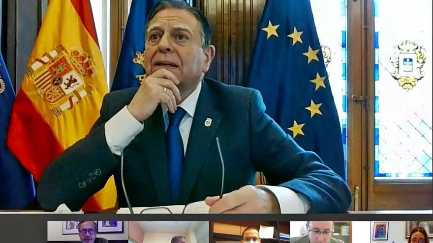 El Pleno respalda las distinciones a Álvarez-Buylla, Ruiz-Tilve, Sagi y Quirós por unanimidad