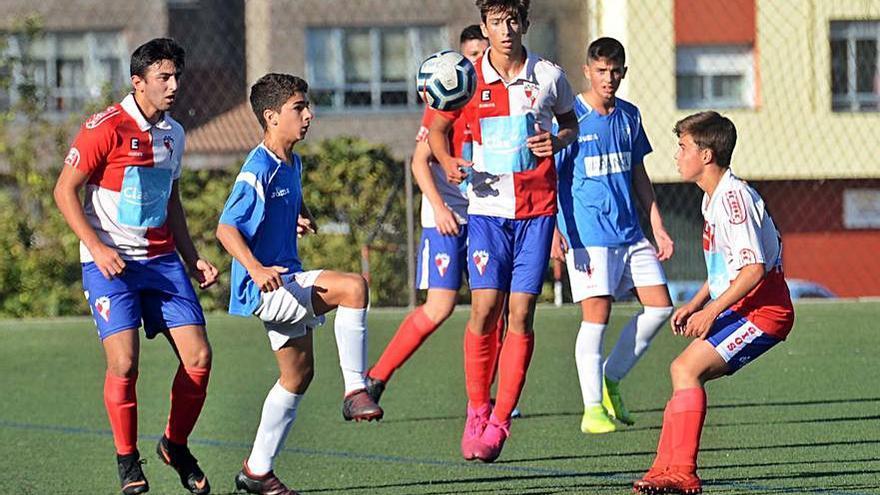 La Federación trata de reactivar el fútbol base
