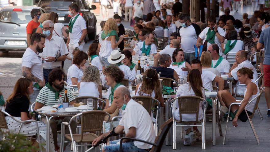 Huesca realiza 200 PCR al día y su curva de contagios continúa al alza
