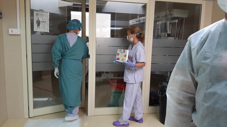 Seis pacientes más ingresados en Elche por covid en un día