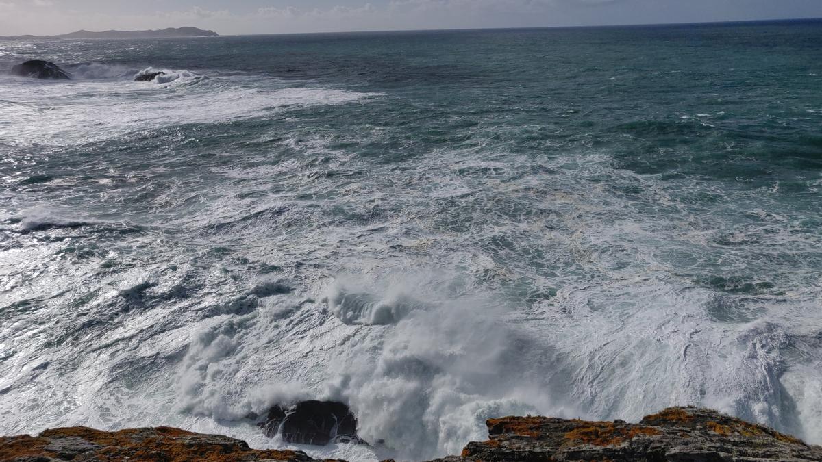 Temporal en la costa gallega antes de la llegada de la borrasca 'Justine'.
