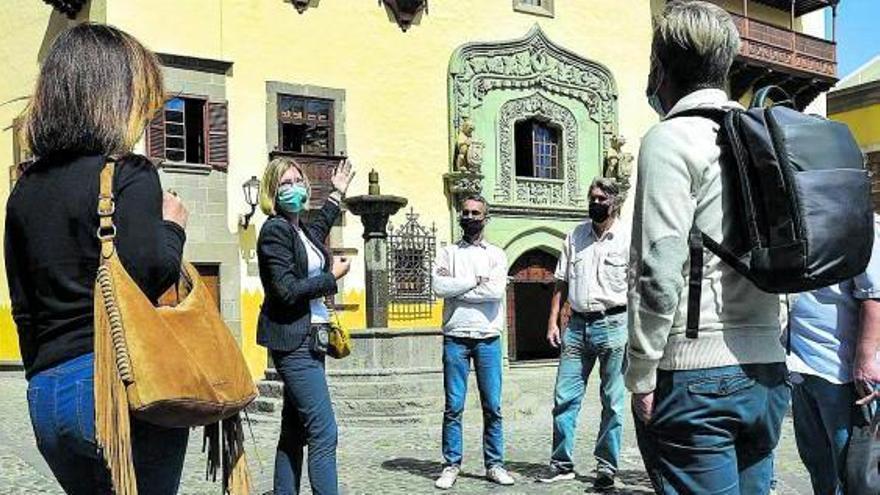 El bono turístico arranca ya por  los alojamientos y las agencias de viajes