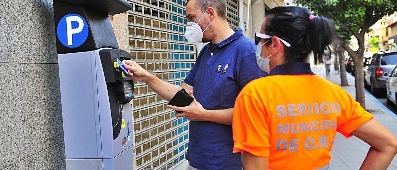 Una de las nuevas máquinas expendedoras que se están instalando en la ciudad.