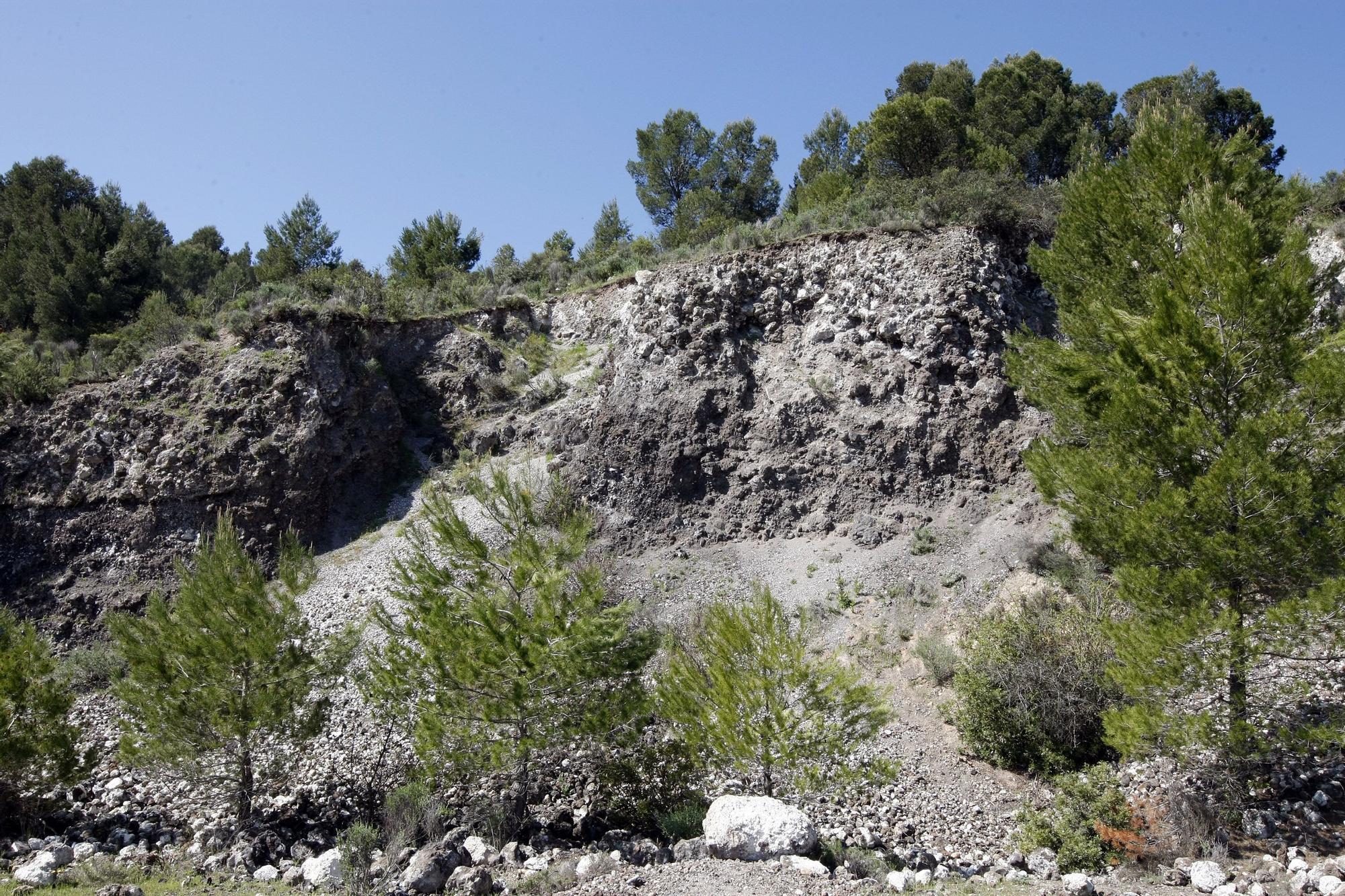 El cráter actual del volcán de Cofrentes