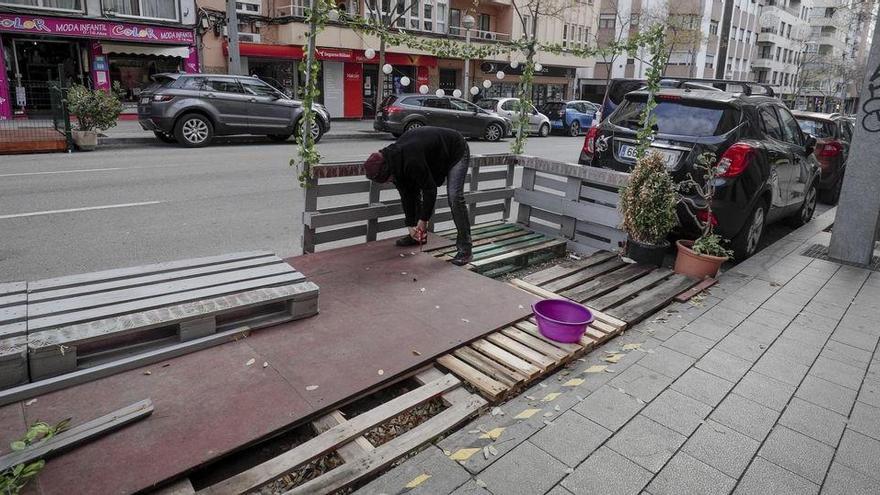 Erhöhte Außenbereiche von Lokalen müssen nicht abgebaut werden