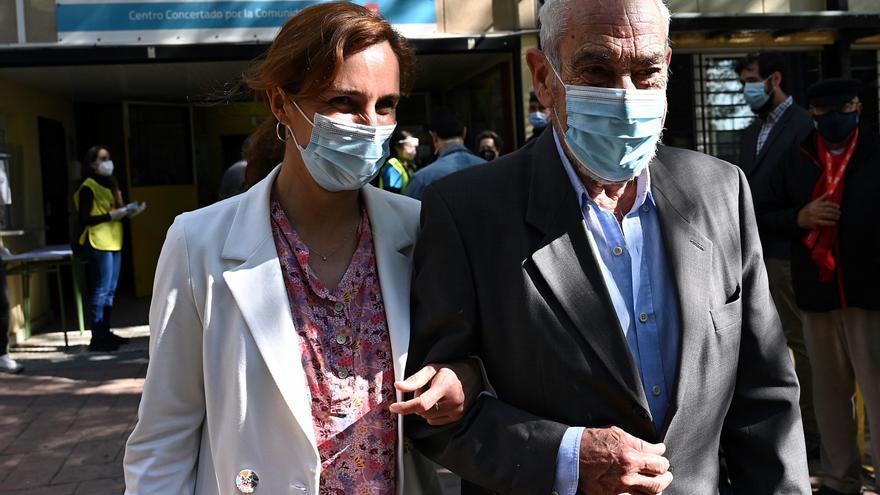"""Mónica García: """"Hoy podemos convertir los aplausos en votos"""""""