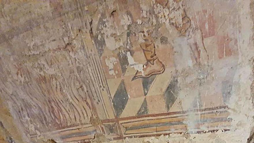 Frescos del siglo XV salen a la luz en la iglesia ourensana de Santo Estevo de Ribas de Sil