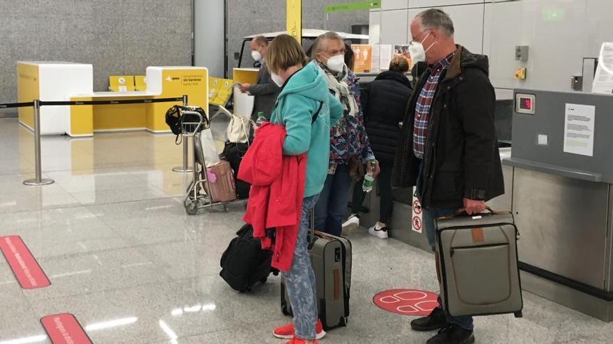 Testpflicht Hektik Am Flughafen Palma De Mallorca Mallorca Zeitung