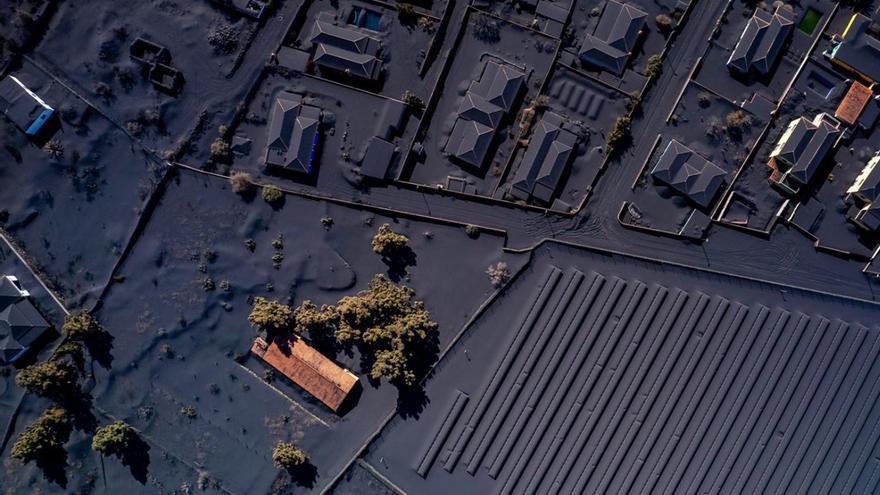 Rescatan a cuatro personas en las proximidades del volcán de La Palma