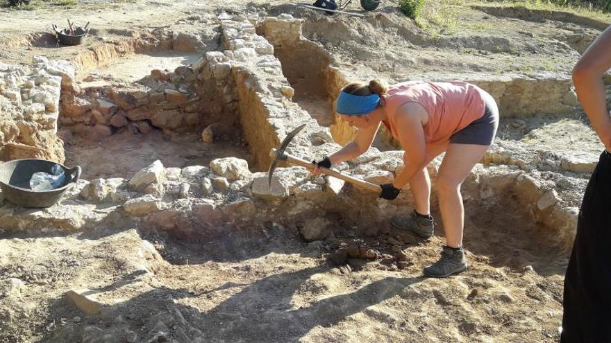 Els arqueòlegs troben quatre dipòsits de producció de vi a la vil·la roma de Sarrià de Ter