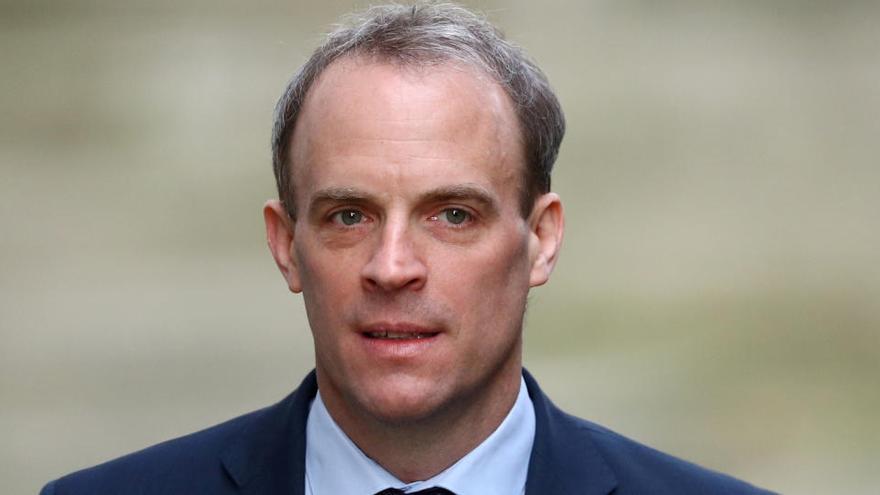 """Reino Unido suspende """"indefinidamente"""" el acuerdo de extradición con Hong Kong"""