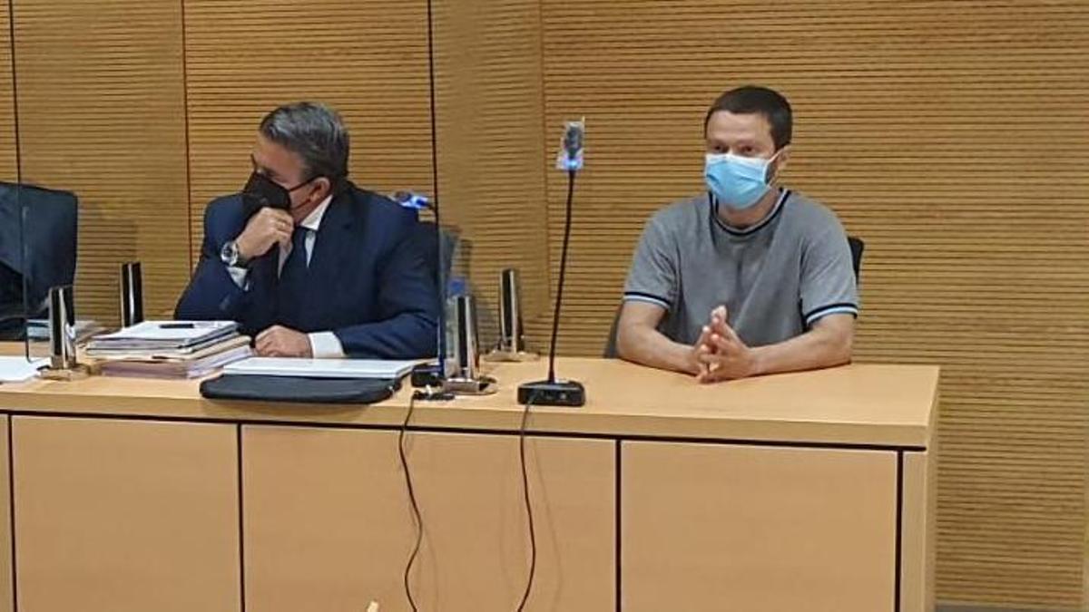 El acusado, en el tribunal.