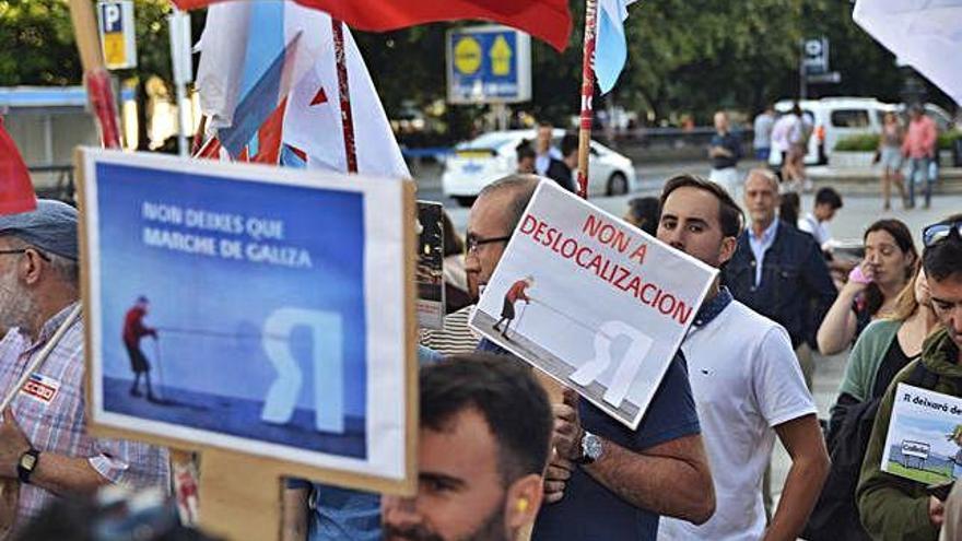 """Los trabajadores de R se movilizan """"en defensa"""" de 1.200 empleos de la comarca"""