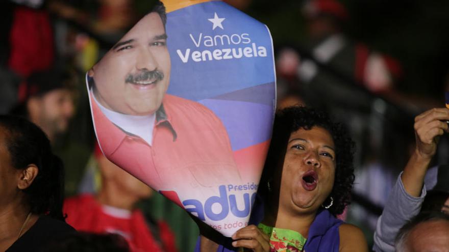 Maduro és reelegit president de Veneçuela entre acusacions de frau