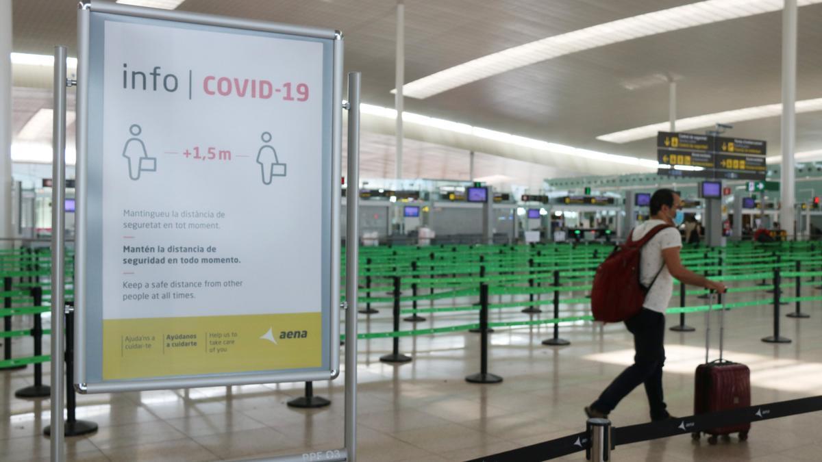 Un cartell informatiu de la covid-19