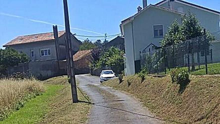 El Concello de Cambre dedica 400.000 euros a mantener 18 caminos de parroquias rurales
