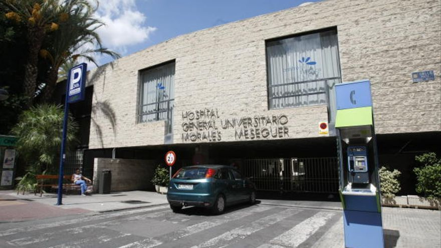 Muy grave un albañil al caer desde tres metros de altura en una obra en Molina de Segura