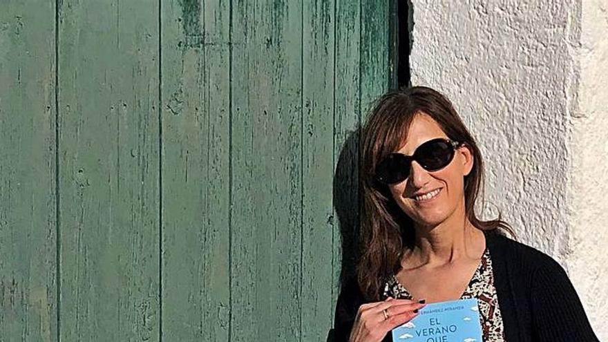 """""""El verano que volvimos a Alegranza"""", el viernes en el Club con María Fernández-Miranda"""