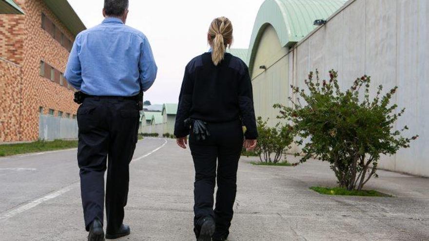 La meitat de les places interines de vigilància a presons passaran a ser fixes