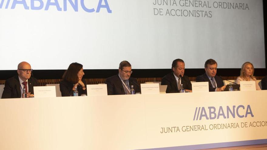 Junta de accionistas de Abanca en A Coruña