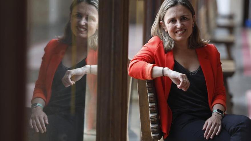 """María Calvo, la constructora """"metódica y dialogante"""" que se ha convertido en la primera presidenta de la FADE"""
